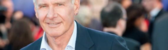 Harrison Ford (70) küpe takıyor ne fark olmuş  ?