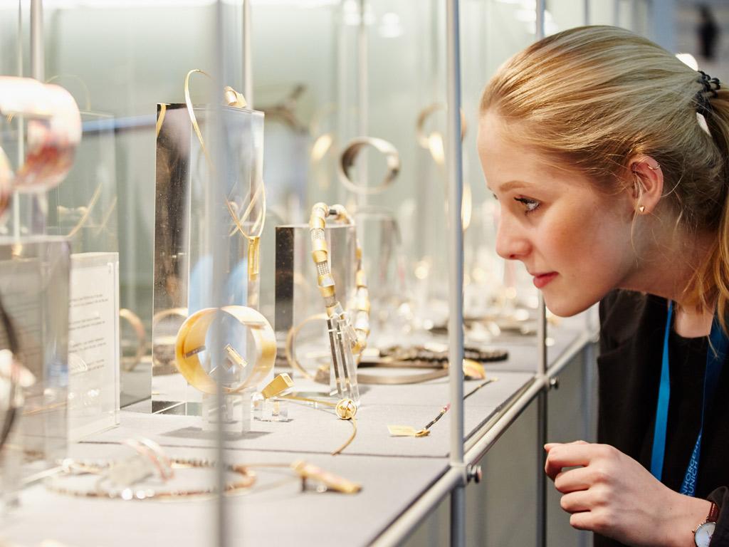 Earring Trends 2016: #1 Multiple Earrings per Ear — Image: © Messe München